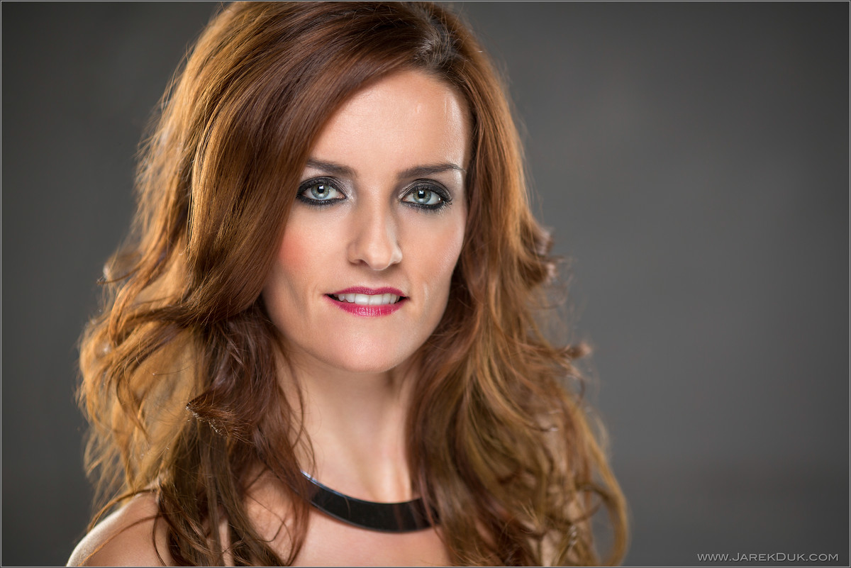 B*Witched Big Reunion photo shoot. Keavy Lynch, celebrity portrait, singer headshot.