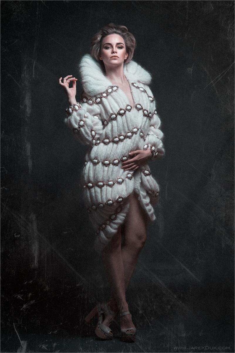 Fashion photography London. Dramatic and moody image by fashion photographer Jarek Duk.