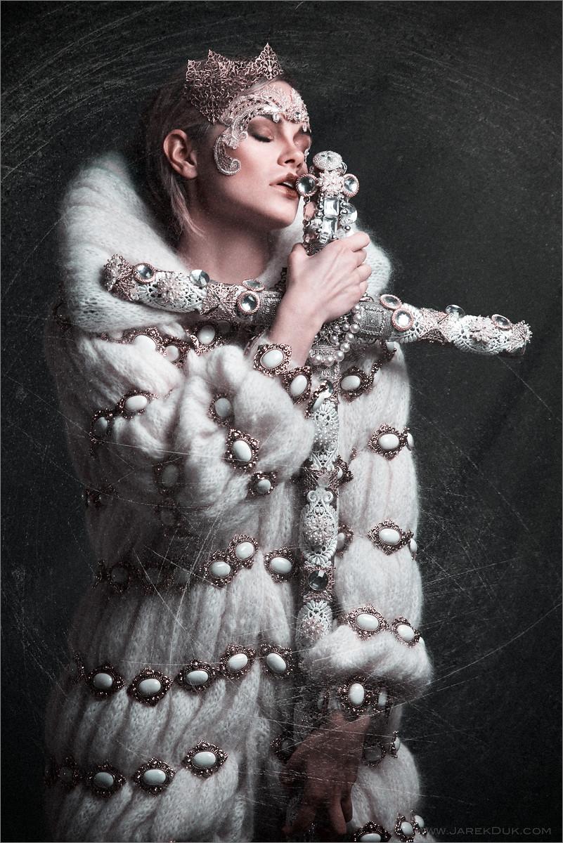 Professional fashion photography London. Design by Anoosh Naghibi. Edgy and unique photo by fashion photographer Jarek Duk.